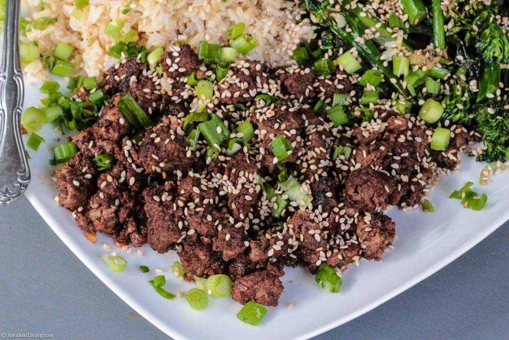 Korean Style Beef with brown rice and broccoli